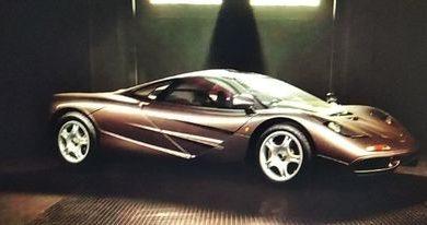 Photo of Na prodaju je McLaren F1 sa manje od 400 km